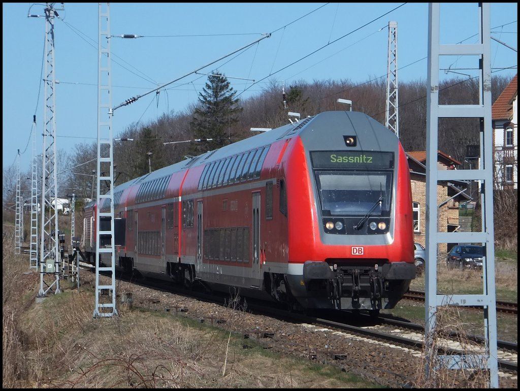 RE9 nach Sassnitz in Lancken am 20.04.2013